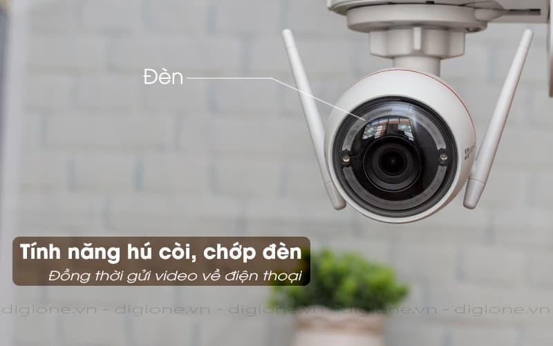 chớp đèn, hú còi báo động - Ezviz C3W CS-CV310 1080P